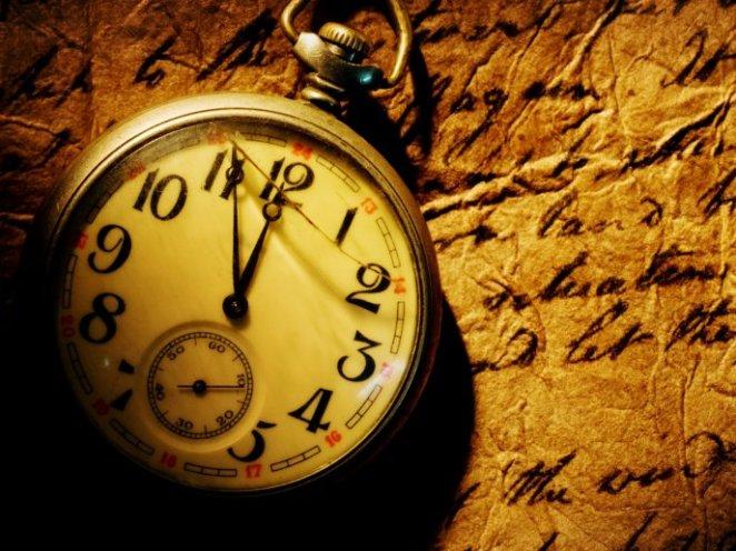 3190_Old-pocket-clock-HD-wallpaper